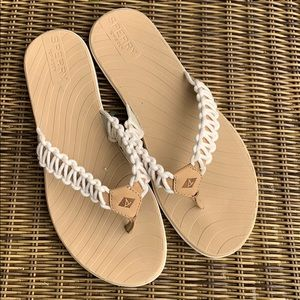 Sperry | Women's Seabrook Current Thong Sandal